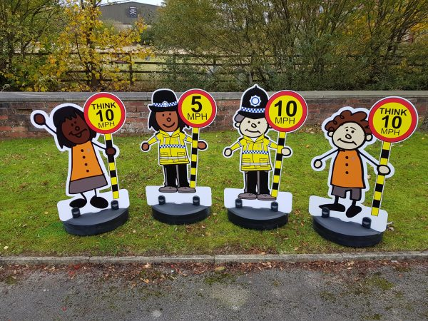 road safety pavement signs