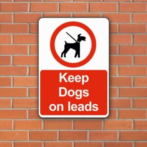 keep-dogs-on-leads-2480-p
