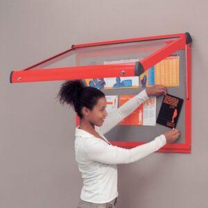 Shield® deluxe interior showcases